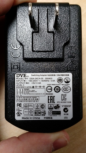 UD-3900%20Power%20adapter